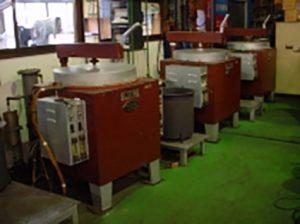 低温ガス雰囲気炉